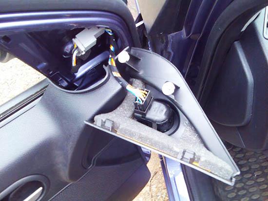 Как снять обшивку передней двери на форд фьюжн