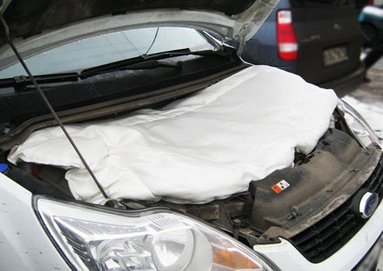 Шумоизоляция капота Форд Фокус