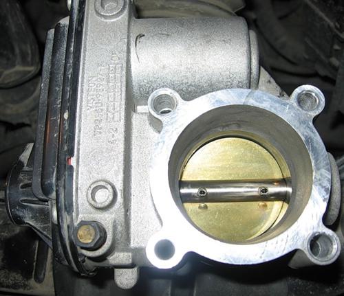 Чистка дроссельной заслонки Форд Фиеста