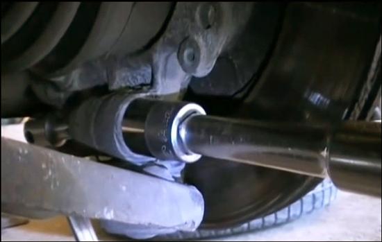 Замена сайлентблоков передних рычагов Форд Мондео